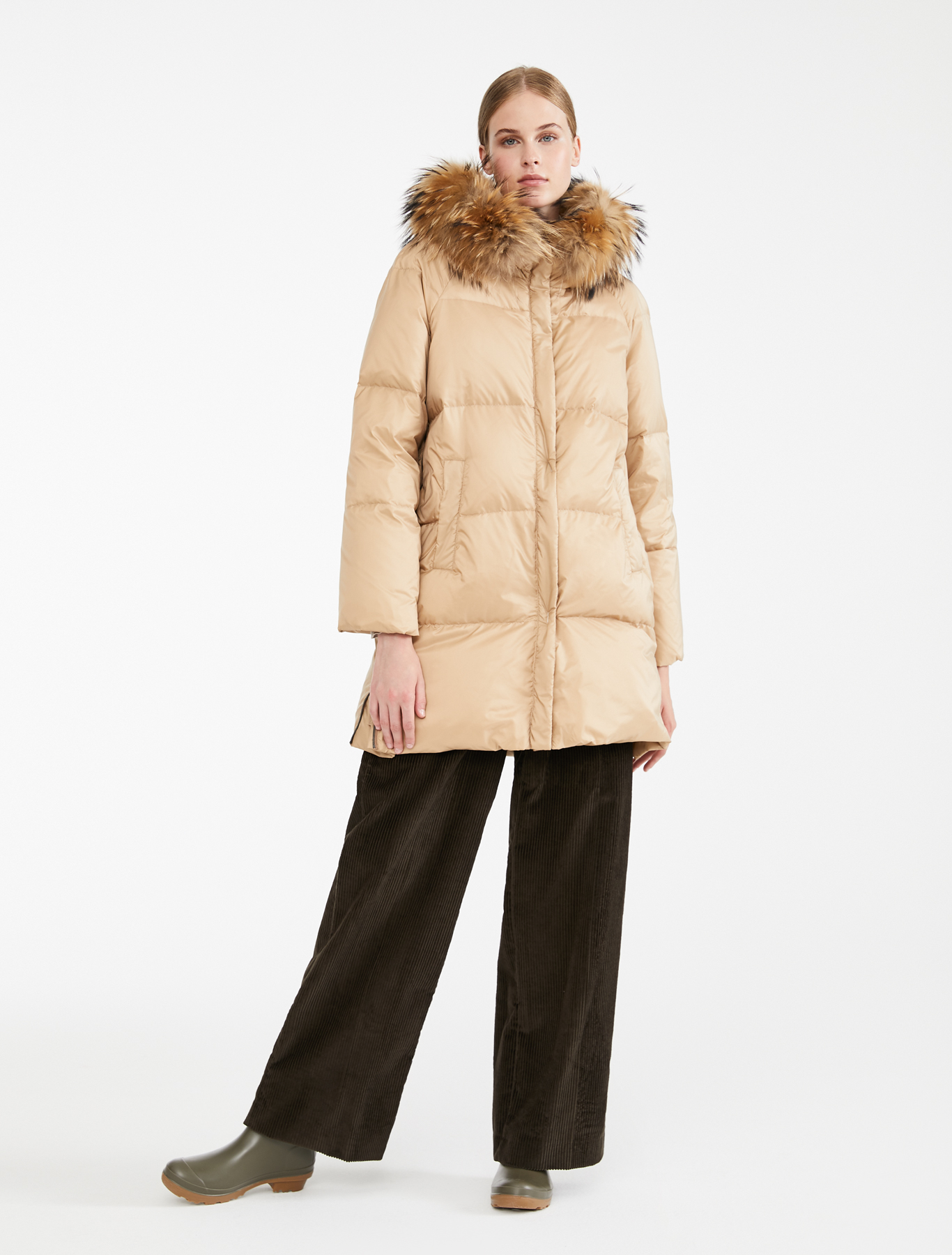 jane-young-maxmara-weekend-puffa-coat2